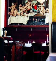 restaurants in hamburg freudenhaus. Black Bedroom Furniture Sets. Home Design Ideas